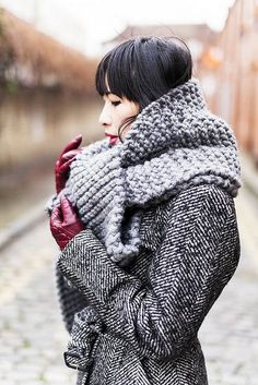 Salt&Pepper + knitted scarf