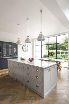 Shaker Kitchens, The Shaker Kitchen Company, Shaker Style Kitchens Open Plan Kitchen Living Room, Barn Kitchen, Diy Kitchen Decor, Kitchen Styling, Kitchen Lamps, Kitchen Industrial, Kitchen Ideas, Shaker Style Kitchens, Shaker Kitchen