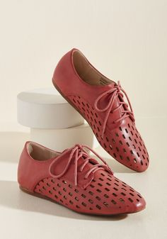 Just Gotta Vent Oxford Flat in Squares in 8, #ModCloth