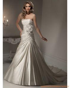 2013 Luxuriöse Brautkleider aus Satin schulterfreier Ausschnitt mit gerafftem Korsett und Kapelleschleppe