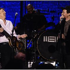 "Paul McCartney and Beck Perform the Beatles' ""Drive My Car"" and ""I've Just Seen a Face"" at PETA Benefit McCartney: ""Sorry we didn't get to play Beck In The USSR, Get Beck or Paperbeck Writer!"" (Click for video)"