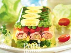 Ta pyszna przekąska będzie także piękną ozdobą stołu Czech Recipes, Ethnic Recipes, Party Food And Drinks, Food Decoration, Appetisers, Food Design, Finger Foods, Food Inspiration, Salad Recipes