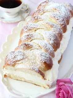 Really a piece of heaven Köstliche Desserts, Delicious Desserts, Dessert Recipes, Yummy Food, Swedish Dishes, Swedish Recipes, Candy Recipes, Baking Recipes, Homemade Donuts