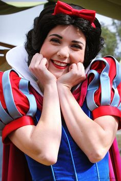 """Q: What did Snow White say after she dropped off her film to be developed?     A: """"Some day my PRINTS will come."""""""