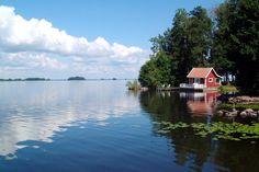 summer house on lake | Wiek - A small summer house at lake Hjälmaren - Foto