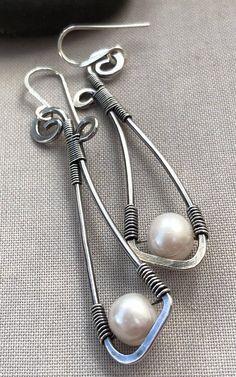 Oxidized Silver Wire Earrings with Pearl/ Pearl earrings/ Long