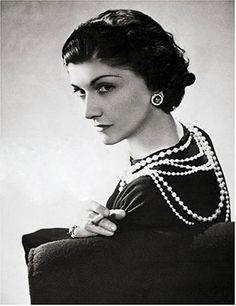 Коко Шанель.http://womansociety.ru/img/24.jpg
