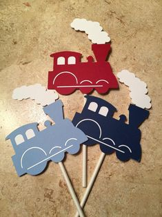 Train with Smoke Cupcake Toppers. Red, Dark blue and light blue. Each decorative piece is approximately with lollipop sticks attached to the back. Baby Boy Birthday Themes, 2nd Birthday Party For Boys, Thomas The Train Birthday Party, Trains Birthday Party, Birthday Ideas, Zug Party, Party Party, Train Party Decorations, Sesame Street Birthday