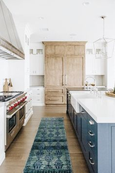 Uplifting Kitchen Remodeling Choosing Your New Kitchen Cabinets Ideas. Delightful Kitchen Remodeling Choosing Your New Kitchen Cabinets Ideas. Home Decor Kitchen, New Kitchen, Kitchen Interior, Kitchen Dining, Kitchen Ideas, Kitchen Wood, Awesome Kitchen, Design Kitchen, Kitchen Island