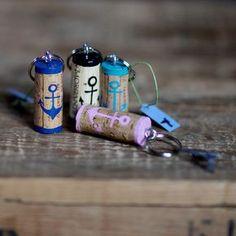 Schlüsselanhänger+aus+Weinkorken+ANKER+von+JuteDeerns+Upcycling+aus+Hamburg+auf+DaWanda.com