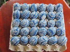 Fotka - Fotky Google Egg Crafts, Easter Crafts, Diy And Crafts, Arts And Crafts, Emu Egg, Egg Shell Art, Easter Egg Pattern, Ukrainian Easter Eggs, Egg Designs