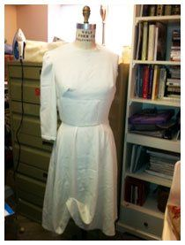 making a muslin. also found a great video tutorial here: http://www.threadsmagazine.com/item/4541/video-making-and-using-a-muslin