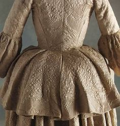 Quilted white satin travelling petticoat, 1745 - 1760 via Snowshill Manor collection, National Trust, UK.