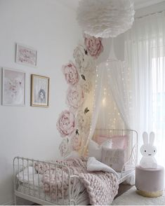 The Best in Girls Bedroom Design and Decor Inspiration! Girl Bedroom Designs, Modern Bedroom Design, Girls Bedroom, Bedroom Decor, Girls Flower Bedroom, Nursery Wall Decals, Nursery Room, Little Girl Rooms, Decoration