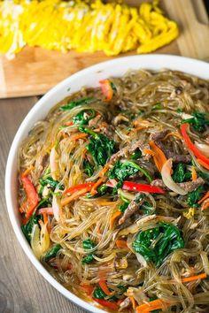 Asian Recipes, Healthy Recipes, Ethnic Recipes, Healthy Food, Japchae, Korean Sweet Potato Noodles, Vermicelli Recipes, South Korean Food, Healthy Dieting