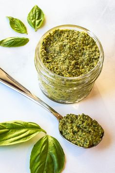 Easy Vegan Oil Free Pesto - Easy Vegan Oil-free Pesto is: fast (just 5 minutes) easy (your food processor does the work) oil-free nut-free dairy-free gluten free. Vegan Pesto, Raw Vegan, Vegan Vegetarian, Vegetarian Recipes, Vegan Meals, Vegan Food, Healthy Recipes, Vegan Sauces, Vegan Dishes
