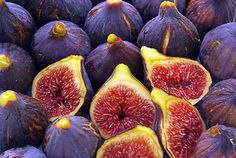 Contents show Can Dogs Eat Figs? Why Are Figs Good For Dogs? The Natural Sugar Benefit Fiber Potassium Good For The Heart How Much Figs Can Dogs Eat? A Misconception About Boredom And Your Dog's Food How Can Dogs Eat Figs? Health Benefits Of Figs, Compote Recipe, Can Dogs Eat, Natural Energy, Dog Eating, Spanish Food, Health Facts, Types Of Food, Fast Recipes