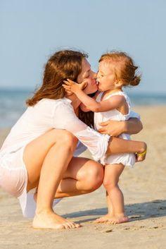 Viva la festa della #Mamma! Buona festa, mamme fan di Cocochic...  http://www.cocochic.it/viva-festa-mamma/