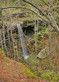 Trail Information And Printable PDF Map Of The Hideout Hollow Waterfall Located In Upper Buffalo River Wilderness Arkansas