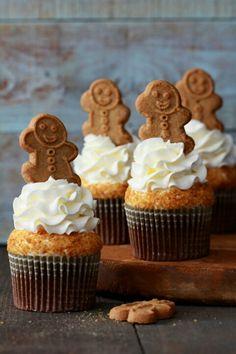 Gingerbread latte cupcake  http://www.bakersroyale.com/cupcakes/gingerbread-latte-cupcakes/