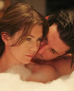 24 Times Derek and Meredith Were the Best Grey's Anatomy Couple: Grey's Anatomy is coming back in full force this week, and there may be trouble in the water for one of our favorite couples on the show. Derek And Meredith, Best Tv Shows, Favorite Tv Shows, Favorite Things, Meredith Grey's Anatomy, Greys Anatomy Couples, Grays Anatomy, Dark And Twisty, Derek Shepherd