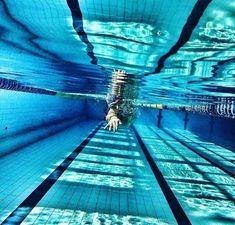 Swimming World, I Love Swimming, Swimming Sport, Swimming Rules, Sea Photography, Underwater Photography, Swimming Pool Photography, Swimming Pictures, Female Swimmers