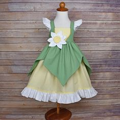 Tiana Princess and the Frog Inspired Girls Toddler Disney Everyday Princess Dress, Sizes 12 months to 12 Girls Princess Tiana Dress, Princess Aprons, Princess Dress Patterns, Disney Outfit, Disney Dress Up, Disney Cosplay, Disney Costumes, Tiana Costume, Frog Costume