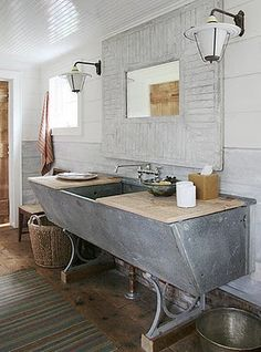 A vintage zinc laundry sink.... what a great sink this would make in either a kitchen or a bathroom!