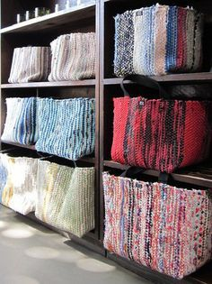 Räsymattokorit craft room design, korit, knitting for kids, diy clothes, ea Loom Weaving, Hand Weaving, Fabric Crafts, Sewing Crafts, Creation Couture, Weaving Projects, Weaving Patterns, Deco Design, Woven Rug