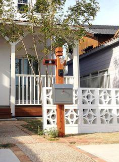 Wooden gatepost :オリジナル木製門柱 | HUGHOME ONLINE SHOP