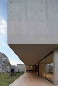 Gallery of House of Stone / Jorge Hernández de la Garza - 13