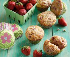 Strawberry Cheesecake Muffin Recipe, Daisy Cottage Cheese, Daisy Brand, Homemade Muffins, Bread Cake, Happy Foods, Mini Foods, Muffin Recipes, Coffee Cake