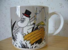 "Muumimuki ""Water mug"" -sarja (harmaa) Yamaka Moomin Mugs, Tove Jansson, Cool Items, Mug Cup, Flasks, Finland, Trays, Nikon, Cups"