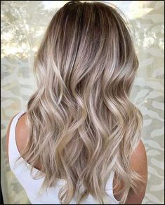67 Blonde Balayage Hair Color Styles For Summer and Fall Best balayage highlights hair. Are you looking for blonde balayage hair color For Fall and Summer? See our collection full of blonde balayage hair color For Fall and Summer and get inspired! Hair Color 2018, Ombre Hair Color, Hair Color Balayage, Blonde Color, Hair Colors, Balayage Hairstyle, 2018 Color, 2018 Hair Color Trends, Brunette Color