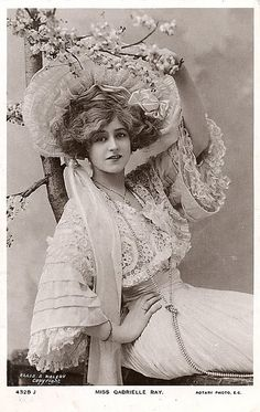 Gibson Girl Gabrielle Ray (28 April 1883 - 21 May 1973), was an English stage actress, dancer and singer, best known for her roles in Edwardian musical comedies. Ray was considered one of the most beautiful actresses on the London stage and became one of the most photographed women in the world.
