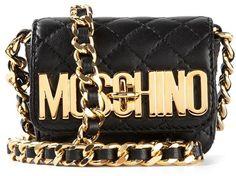 €724, Schwarze gesteppte Leder Umhängetasche von Moschino. Online-Shop: farfetch.com. Klicken Sie hier für mehr Informationen: https://lookastic.com/women/shop_items/155097/redirect