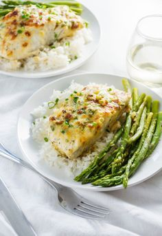 "Garlic Parmesan Cod ¼ cup butter, softened ¼ cup mayonnaise ½ cup freshly grated Parmesan cheese 2 Tbsp green onion, finely chopped 4-6 cloves garlic, crushed Dash of Tabasco . Salt and pepper, to taste ½ lemon, juiced 4 halibut filets (~1"" thick)"