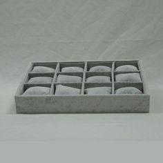Bandejas y cajas de bisuteria varias : 415108 BANDEJA EXPOSITORA PULSERAS GRIS #expositores #relojes #joyas #pulseras #metacrilato #collares #bisuteria #comercio
