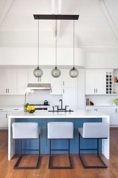 Bringing New Life to a Dated Kitchen | Rue