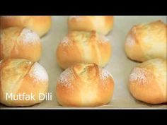 UÇAK YOLCULUĞUNDA İKRAM EDİLEN MİNİK FRANSIZ EKMEĞİNİ EVDE KOLAYCA YAPABİLİRİZ/HOMEMADE FRENCH ROLL - YouTube Healthy Eating Tips, Healthy Recipes, Pan Dulce, Tasty, Yummy Food, Vegetable Drinks, Dough Recipe, Bread Baking, Bread Recipes