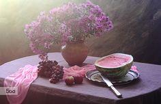 Фотография Still Life with watermelon and autumn flowers автор Galina Pazderina на 500px