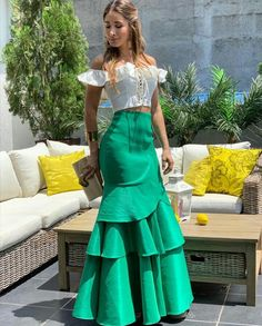 love the skirt it would look fab on me lol Classy Outfits, Chic Outfits, Satin Skirt, African Dress, Skirt Outfits, African Fashion, Dress To Impress, Designer Dresses, Evening Dresses