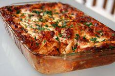Sunday Dinner: No-Holds-Barred Lasagna Bolognese No-Holds-Barred Lasagne Bolognese Slider Buns, Lasagne Bolognese, Best Lasagna Recipe, No Boil Lasagna, Cheese Lasagna, Chefs, Sunday Dinner Recipes, Poblano, Chicken Livers
