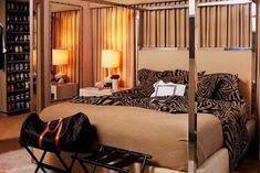 Exclusive Zebra Print Bedroom Ideas for Different Appearance: Zebra Print Bedding With Good Lighting ~ Bedroom Inspiration Leopard Print Bedroom, Zebra Print Bedding, Leopard Prints, Animal Prints, Cheetah, Decoracion Vintage Chic, Bedroom Photos, Contemporary Bedroom, Modern Bedroom