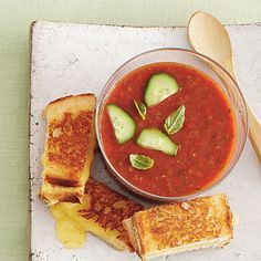 Pepper Gazpacho and 9 other quick meatless meals
