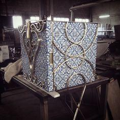 Production. #bateye #art #interiordesign #fairytale #handmade #production #details #luxuryfurniture #portocollection