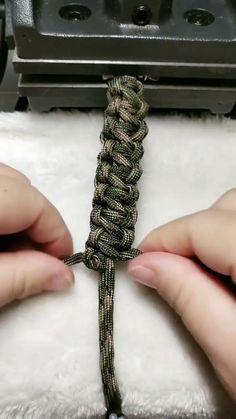 Diy Hemp Bracelets, Diy Bracelets Patterns, Bracelet Crafts, Handmade Bracelets, Macrame Tutorial, Bracelet Tutorial, Diy Jewelry, Jewelry Making, Braids Band