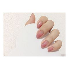 We all want beautiful but trendy nails, right? Here's a look at some beautiful nude nail art. Love Nails, How To Do Nails, Pretty Nails, Pearl Nails, Bridal Nails, Fabulous Nails, Simple Nails, Nail Arts, Manicure And Pedicure