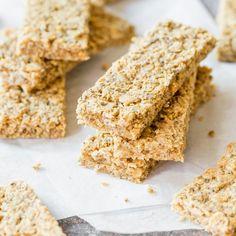 Snack für zwischendurch: Chia-Erdnussbutter-Müsliriegel