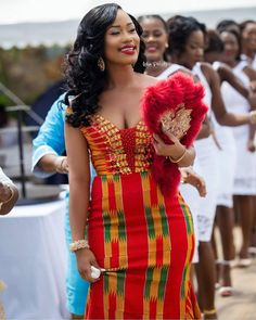 This post can show you the most recent kente designs 2019 has future for you. we have collected the best 77 styles of Latest Kente Designs For Ghanaian Wedding 2019 from African styles attires. Ghana Wedding Dress, African Wedding Dress, African Print Dresses, African Print Fashion, African Fashion Dresses, African Dress, Ankara Fashion, African Prints, African Attire